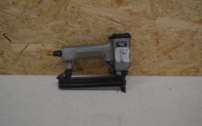 Pistolet agrafeur pneumatique #B1406