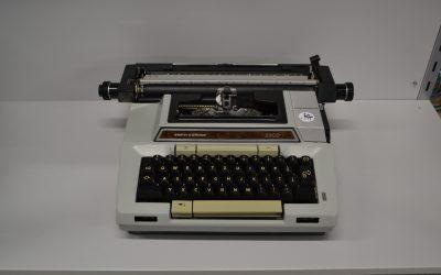 Machine à écrire #E2103