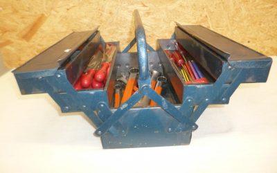 Caisse à outils bleue #B5302